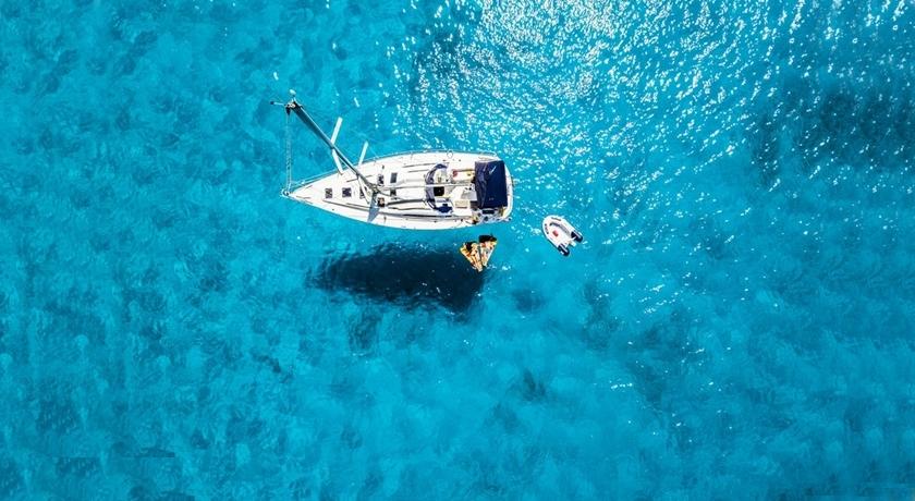 Beställ båttransport – frakta din båt